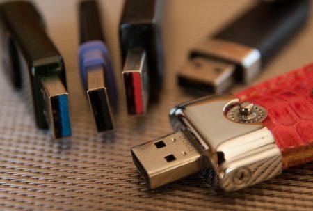 Clé USB personnalisée : un support publicitaire jugé efficace